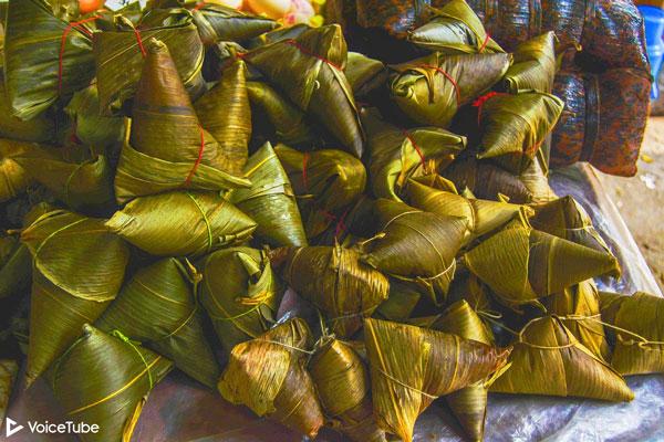 sticky rice dumplings for dragon boat festival